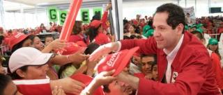 Eruviel Ávila estuvo en Ecatepec, municipio del que es Presidente con licencia