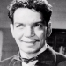Cantinflas entre mujeres