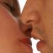 Proponen prohibir besos en transporte público de SLP
