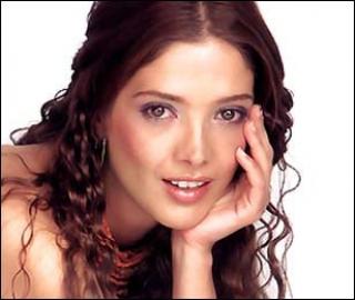 La reconocida actriz mexicana Adela Noriega, después de cuatro años ...