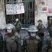 Chile...desalojan centros de votación ocupados por estudiantes
