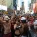 Times Square...miles se desnudan no rompen record Guinnes
