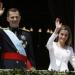 Felipe VI y Letizia....en el tradicional saludo desde el balcón real