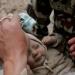 Nepal...rescatan a bebita...en la tragedia es el primer milagro