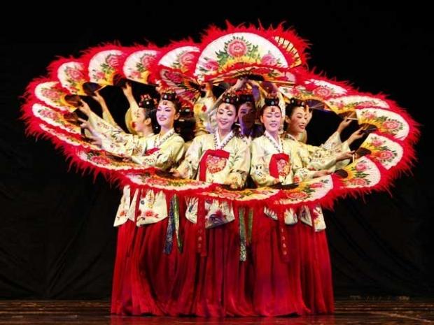 Danza Ballet Japonés Ginrei-kai en Festival de Danza de