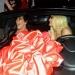 Kylie Jenner... celebración a lo Kardashian con Ferrari incluído