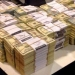 Florencia Kirchner...guardó más de 4.6 millones de dólares sin declararlos