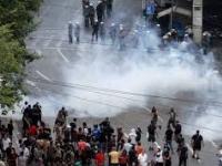 Guadalajara...gases lacrimógenos contra protesta por gasolinazo