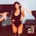 Kylie Jenner.. impactantes caderas resultado de photoshop o del bistur