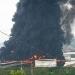 Muere bombero combatiendo incendio en refinería Dovalí