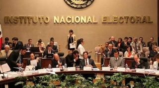 """CRÓNICA POLÍTICA: """"Piso parejo"""" ¿no?; elecciones de Estado, ¿sí?"""