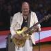 Santana..adaptó la música del himno de EEUU  a ritmo de rock