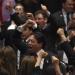 Humillación de Morena a diputados y senadores del PRI