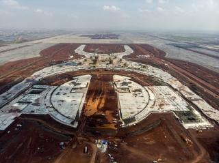 Aeropuerto: o lo construye Slim o se para la magna obra