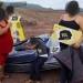 Chapo..entrega apoyos a damnificadas por el huracán Willa