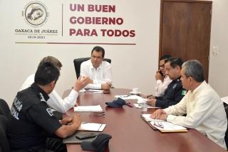 DETRÁS DE LA NOTICIA  Ayuntamiento hace más con lo que poco que tiene