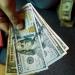 Casas de cambio del aeropuerto capitalino venden dólar en 18.87 pesos