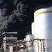 Combaten fuerte incendio en bodega de plásticos en Morelia
