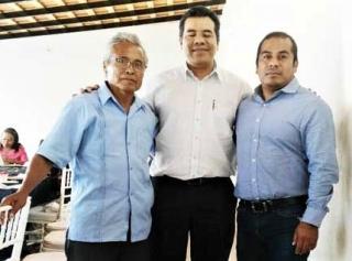 DETRAS DE LA NOTICIA: Por violar amparo, detendrían  y cesarían al rector de UABJO